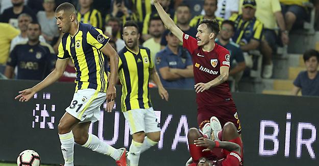Slimani Premier Lig'e geri dönüyor