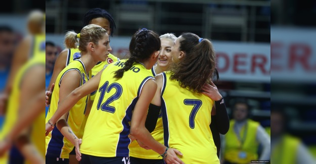 Fenerbahçe Opet tur peşinde