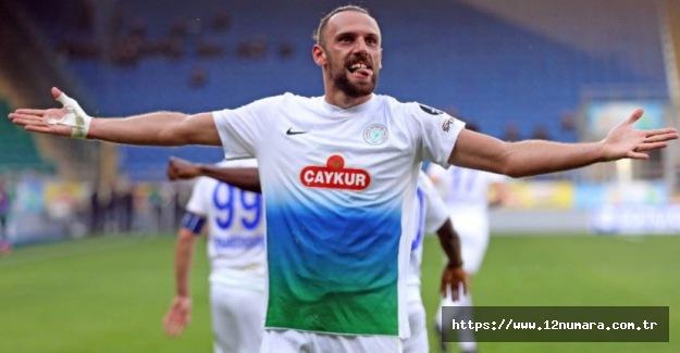 Fenerbahçe iki futbolcu için anlaşma sağladı