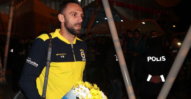 Futbol A Takımımıza Sivas'ta coşkulu karşılama