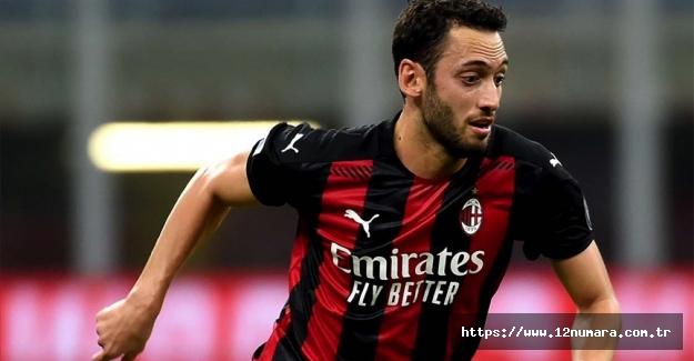 Hakan Çalhanoğlu İtalya'da aralık ayının futbolcusu seçildi