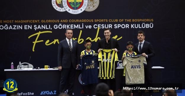 Mesut Özil'in imzalı Çubuklu formasına rekor bedel..Tam..