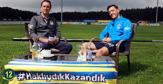 Mesut Özil: Hocamız takımla çok iyi iletişim kurabiliyor