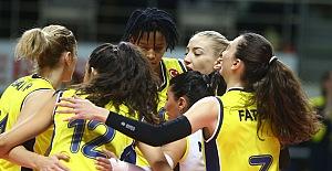 Fenerbahçe Opet 3-0 CSM Bucuresti