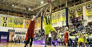 Fenerbahçe'den Galatasaray karşısında önemli galibiyet