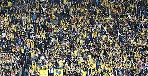 Fenerbahçe - Galatasaray derbisinin biletlerisatışa çıktı..