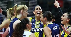 Fenerbahçe Opet, Vestel Venus Sultanlar Ligi'ne galibiyetle başladı