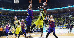 Fenerbahçe Beko 74-80 Barcelona