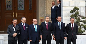Kulüp Başkanları İstanbul Valiliği'nde bir araya geldi