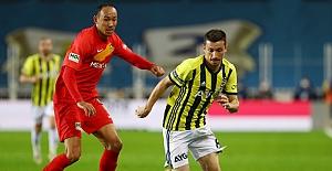 Fenerbahçe'nin evinde yüzü gülmüyor