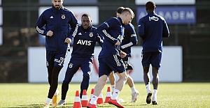 Fatih Karagümrük Kemal Ademi transferi için Fenerbahçe'ye resmi teklif yaptı!