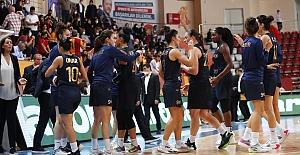 Fenerbahçe Safiport, sezona Galatasaray galibiyetiyle başladı