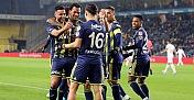 Fenerbahçe'miz çeyrek final biletini iki golle aldı
